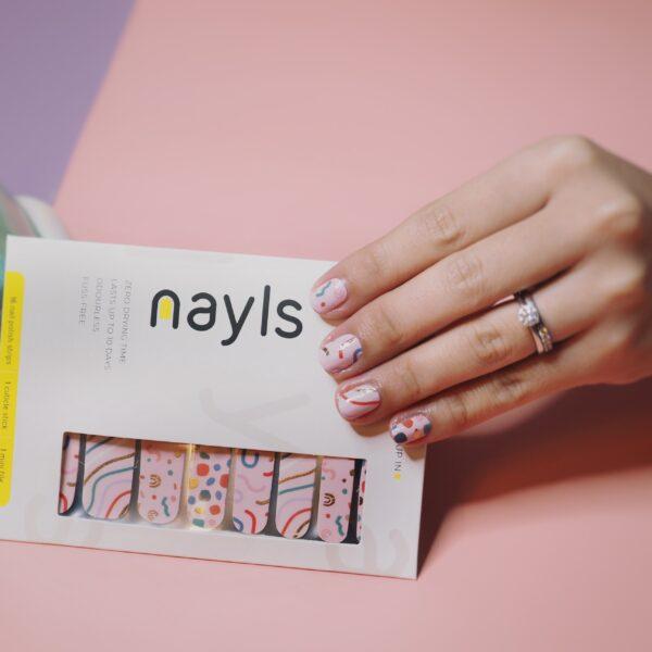 Confetti Pops Nail Wrap