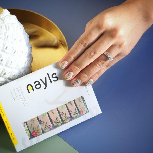 Poppy Petals Nail Wrap