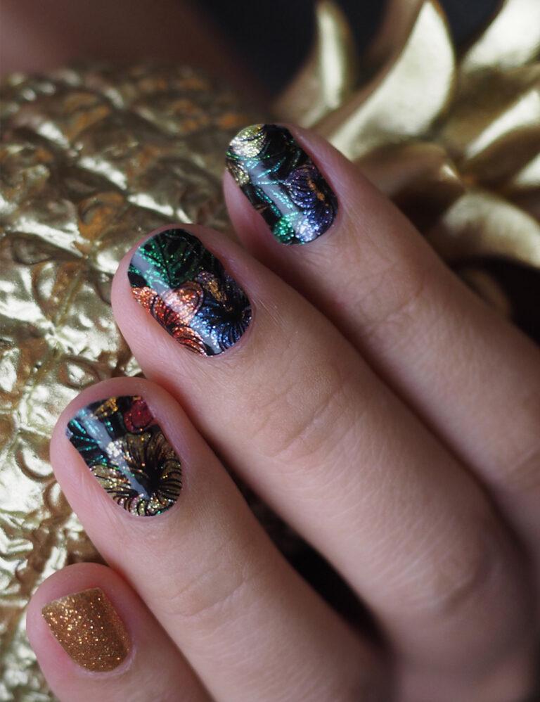 Mystique Fluer Nail Wraps
