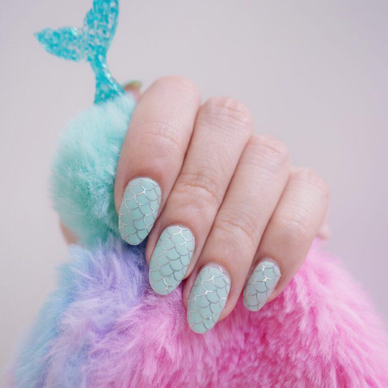 Holo Mermaid Overlay Nail Wraps