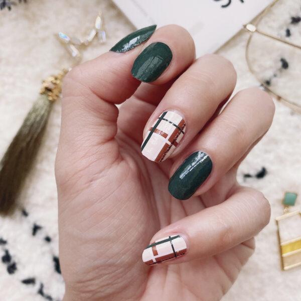 Midori Plaids Nail Wraps